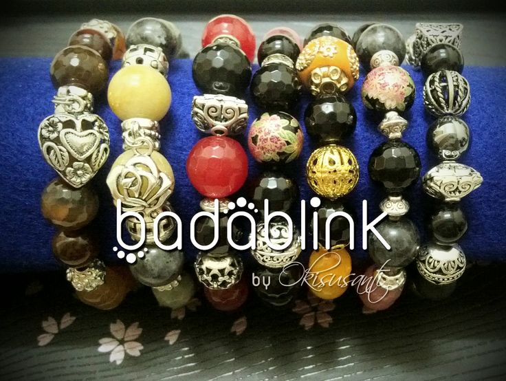 Handmade natural stones bracelets   Length: 18-22 cm/7-9 inches     Inquiries: facebook.com/badablink      Line: badablink      Email: hello@thebadablink.com