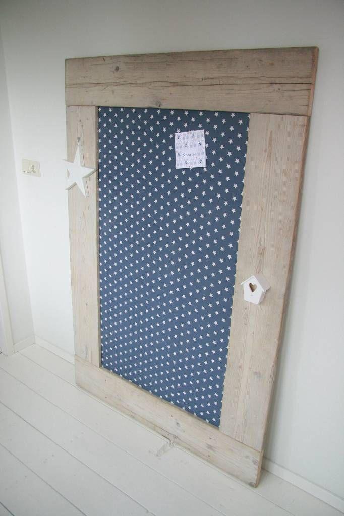 Prikbord steigerhout extra groot (XL) 110x170cm, sterren grijs
