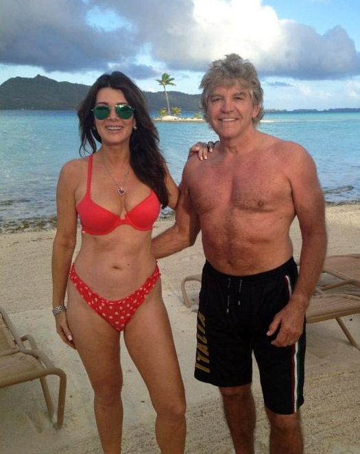 Lisa Vanderpump Diet Secrets: Real Housewife Shares How She Stays Hot in Her 50s