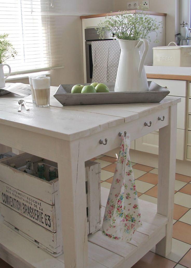 Vintage wood kitchen in white, pale green and gray + shabby chic + vintage + beachy + bungalow + country