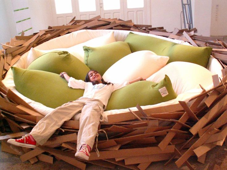 """Bed for """"hatching ideas"""""""