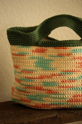 summer cotton bag Chain for desired length, Single crochet around until desired height. Interlock colors for design