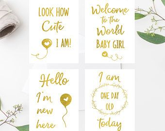 Newborn baby milestone cards 4 // Hospital signs // hello I'm new here // welcome to the world // gold foil milestone // I am one day old