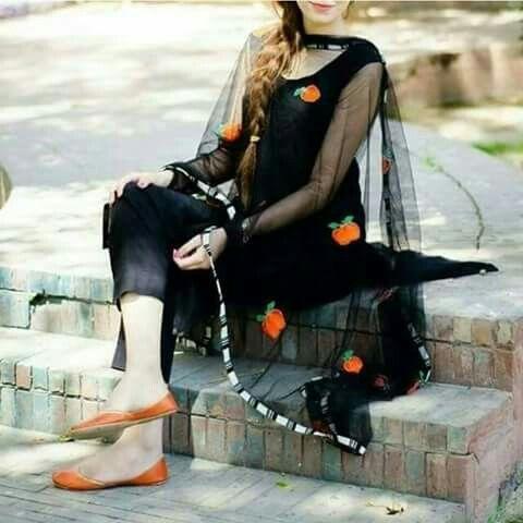 Desi Cute Girl Wallpaper Pin By Sheeza On Dp Zra Hat K Pakistani Formal