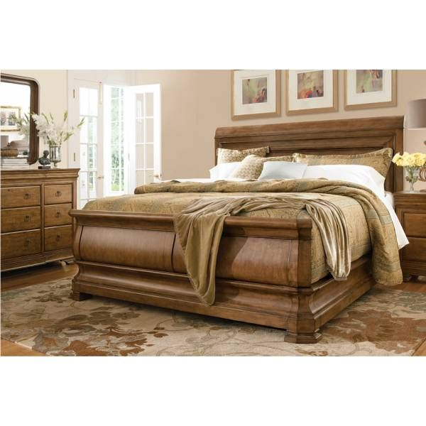 New Lou Sleigh Queen Bedroom Group | Universal Furniture | Star Furniture |  Houston, TX Good Looking