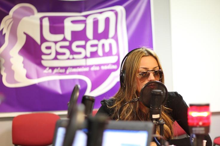 http://www.lfm-radio.com/Video-de-Lea-Castel-dans-la-Fresh.html