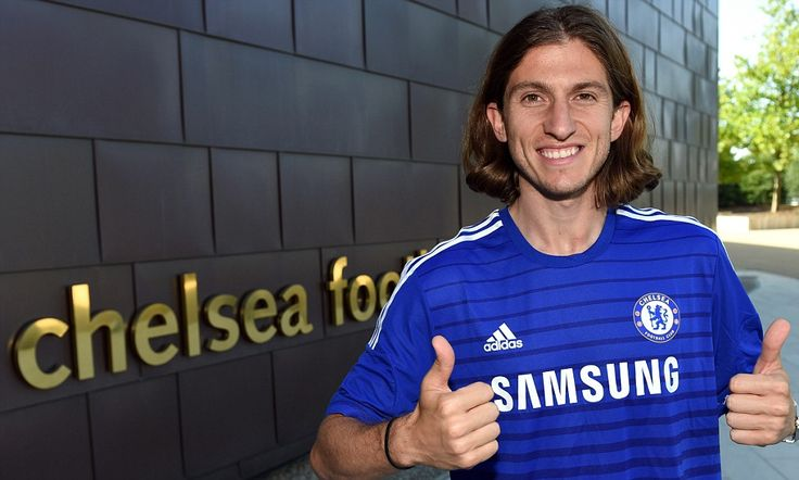 Chelsea sign Filipe Luis deal as left back signs three-year deal