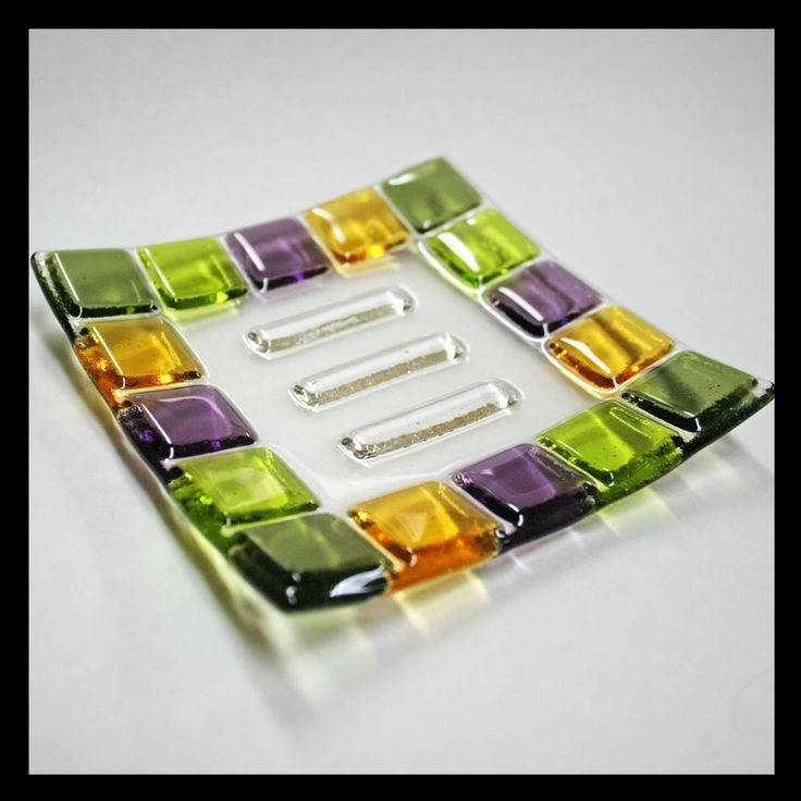 Soap Dish - Fused Glass. - for a tack fuse - like the ridges for the bar of soap
