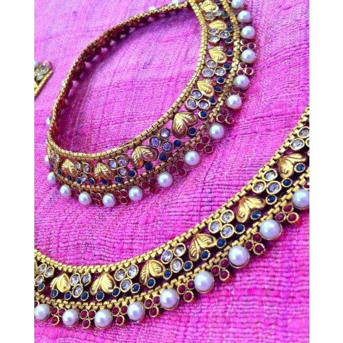 Romantic red green pearl polki payal with charming golden hearts oozing with romance payal anklet sh52rg