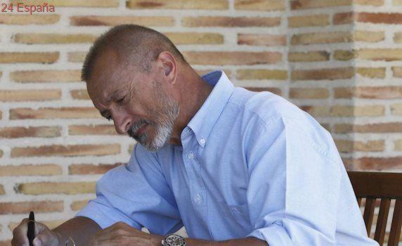 Arturo Pérez-Reverte publicará nueva novela el 27 de octubre