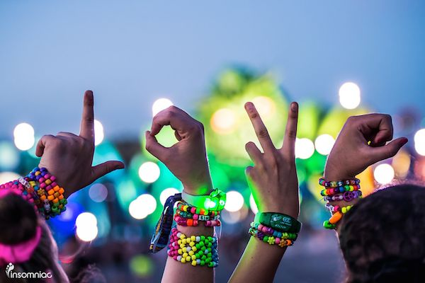 Explore EDC Las Vegas 2015 Through Pictures #edc #lasvegas