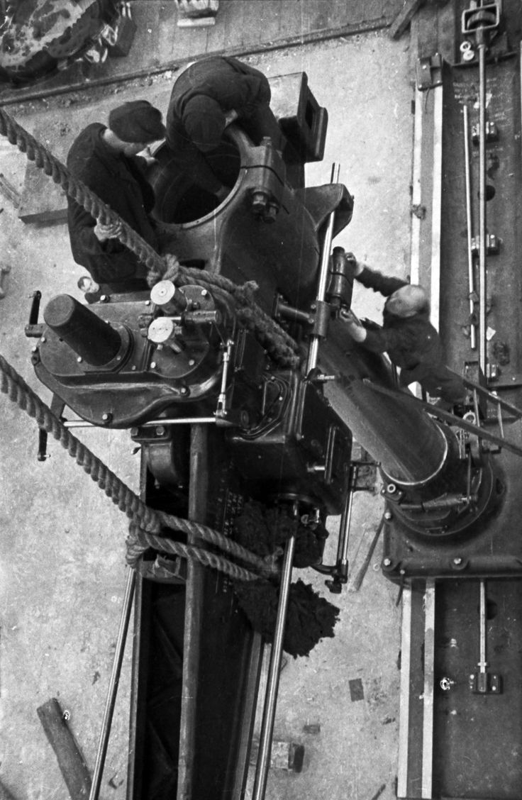 Assembling a turbine, 1931. Taken at the Stalin metalworks in Leningrad, which made the USSR's first hydraulic turbines in 1924, and first gas turbines in 1958. Russia