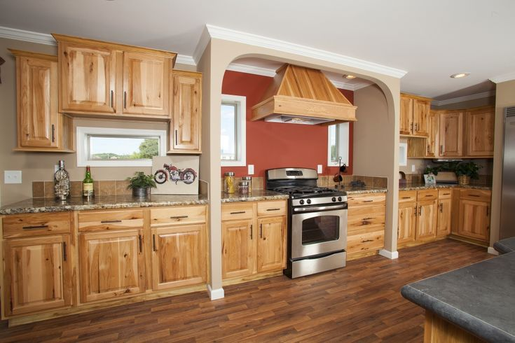 Kitchen hickory floor with honey oak cabinet google Kitchen colors with natural wood cabinets