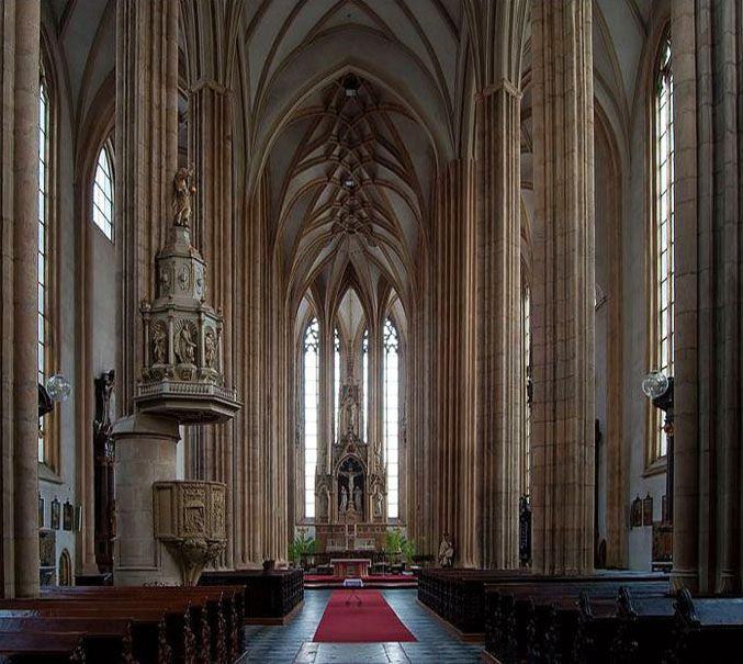 Interior of gothic Saint James The Elder church in Brno (South Moravia), Czechia #church #brno #czechia