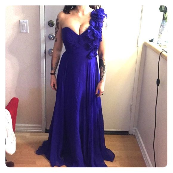 Jovani royal blue ball gown One shoulder, sweetheart ball gown. Royal blue. Single shoulder adorned w floral accents. Silk. Worn once. Has an extra inside belt for support! Jovani Dresses