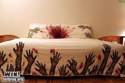 Zombie duvet! > AHHHH!Guestroom, Guest Room, Zombies Beds, Guest Bedrooms, Walks Dead, Zombies Apocalyps, Sweets Dreams, Beds Sheet, Beds Sets