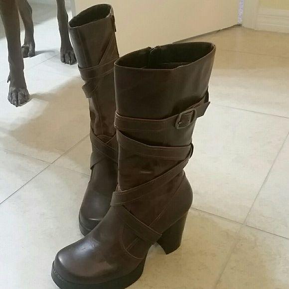 Sketchers Boots Mid-calf brown Sketchers boots. Barely worn. Zip side. Skechers Shoes Heeled Boots