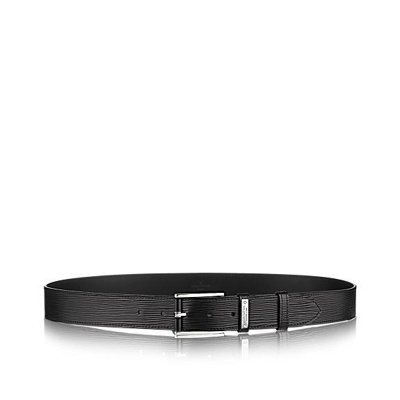 Découvrez l'incontournable Epi Legend  Le cuir Epi classique de Louis Vuitton se voit revisité d'une touche de modernité avec une boucle innovante combinant cuir et métal. Idéale pour ornée un costume, cette ceinture apportera une touche d'élégance à vos tenues d'affaires.