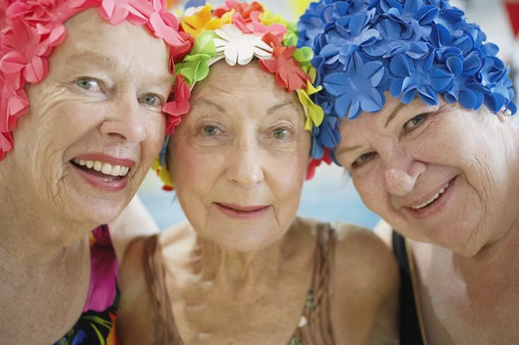 love them :)Fashion Statement, Water Aerobics, Old Lady, Senior Years, Fountain Of Youth, Red Hats, Bath Beautiful, Age Grace, Healthy Life