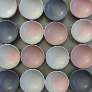 Concrete mini bowls in custom colours for our stockist at Paper Plane in Mt Maunganui. A must stop destination if you visit ♡☆♡☆♡