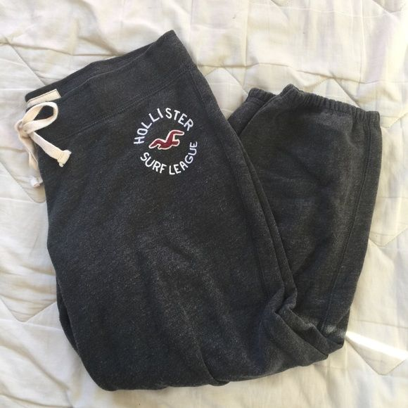 ‼️24 HOUR SALE‼️Hollister Sweatpants Worn a few times; small signs of wear Hollister Pants Track Pants & Joggers