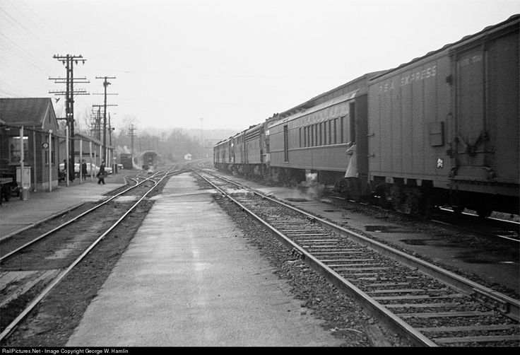 RailPictures.Net Photo: SOU Southern Railway Combine at Monroe, Virginia by George W. Hamlin