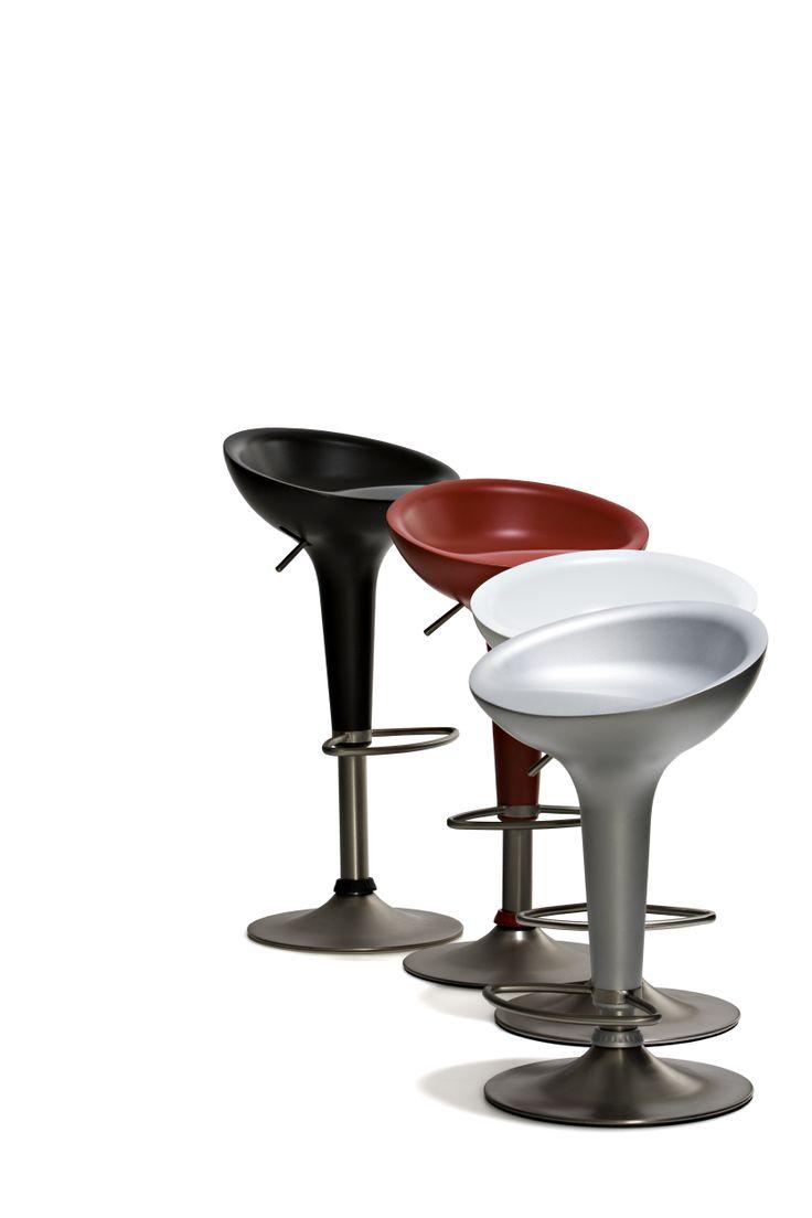 Acapulco - Barstol med sits i matt plast och underrede i matt stål, höj- och sänkbar.