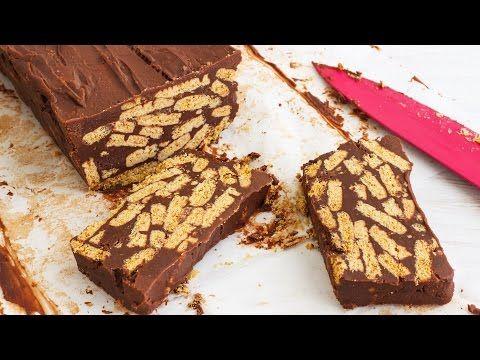 Ένας υπέροχος πανεύκολος κορμός σοκολάτας με 4 μόνο υλικά. Ένα λαχταριστό, αγαπημένο από μικρούς και μεγάλους γλύκισμα με ζαχαρούχο γάλα, σοκολάτα, μπισκότ