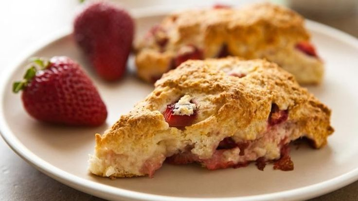 Strawberry scones, Scones and Strawberries on Pinterest