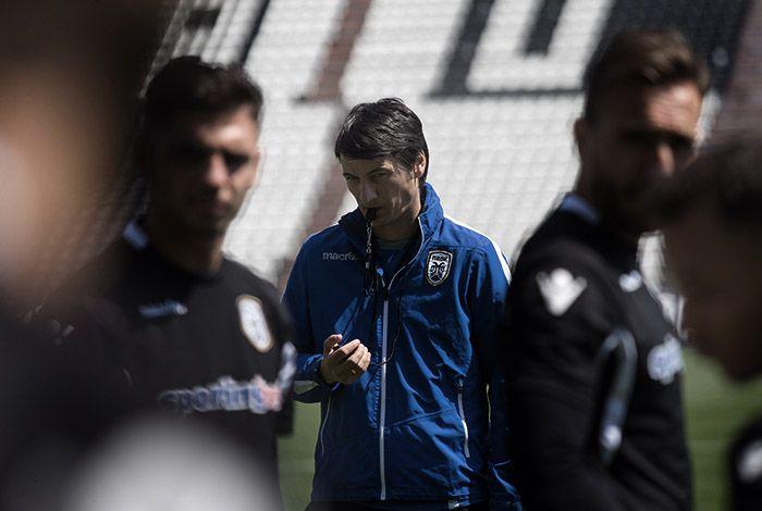 Με 20 ποδοσφαιριστές στην αποστολή θα πετάξει ο ΠΑΟΚ για την Αθήνα προκειμένου ν' αντιμετωπίσει τον Παναθηναϊκό την Μ. Τετάρτη για τον πρώτο ημιτελικό του Κυπέλλου Ελλάδας. Στη διάθεση του Βλάνταν Ίβιτς για πρώτη φορά μετά τον τραυματισμό του θα βρίσκεται κι ο Αλεξάνταρ Πρίγιοβιτς.
