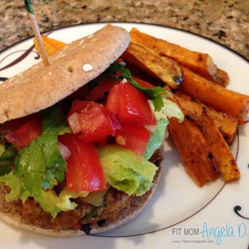 21 Day Fix Southwest Avocado Turkey Burgers | 21 Day Fix Extreme | www.fixapprovedrecipes.com