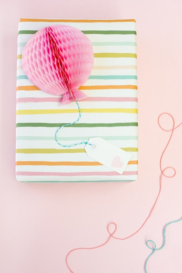 diy honeycomb balloon gift toppers...