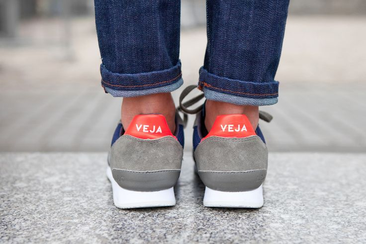 VEJA Holiday B Mesh Nautico Grey Oxford Grey. Available on veja.fr #veja #vejashoes #fairtradeshoes