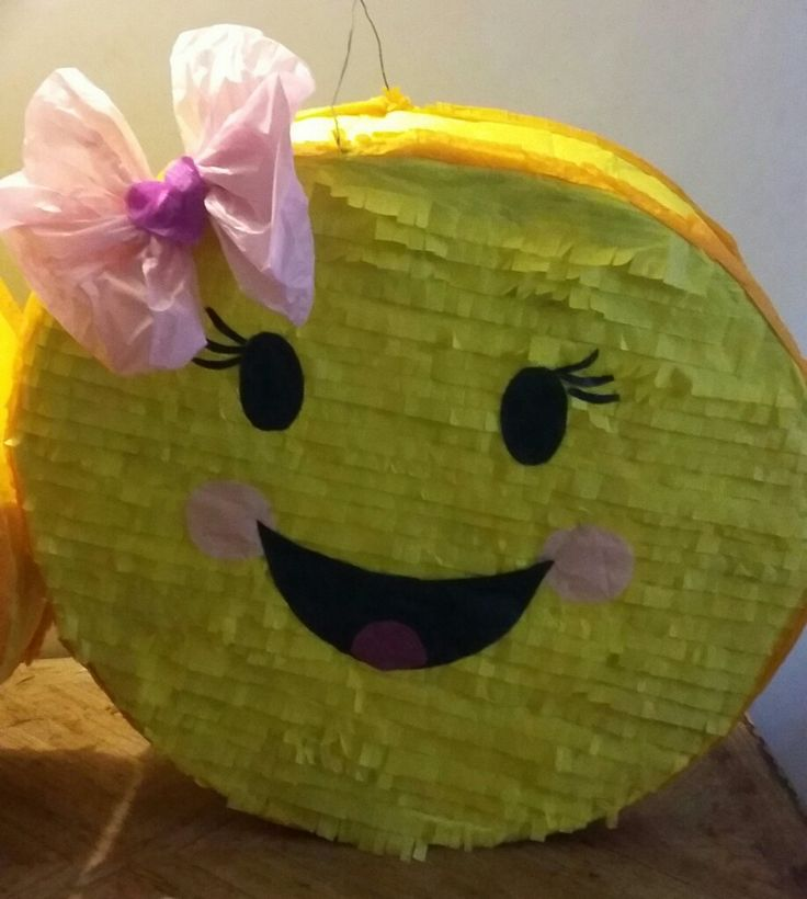 Emoji piñata/ emojis birthday party theme