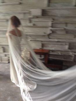 Una piccola anticipazione della nuova collezione di abiti da sposa Ceraunavolta
