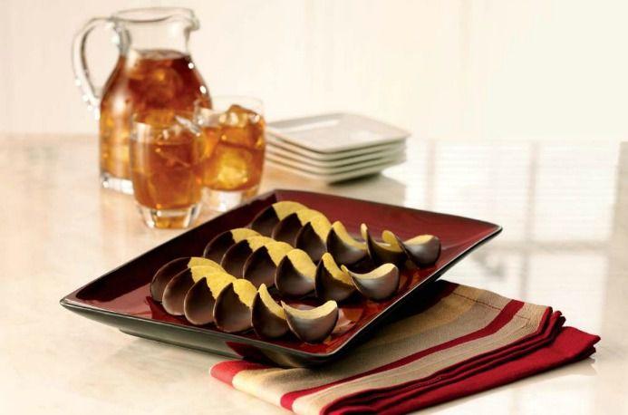 Chocolate Dipped Pringles®; http://www.snackpicks.com/en_US/recipes/details/chocolate-dipped-pringles.html?version=VERSION8_K70=5157093_source=newsletter012113_medium=newsletter_term=recipe_biggame_0121_chocolate_dipped_pringles_get_recipe_button_campaign=KNA_BIGGAME_RD1_012113