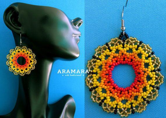Mexicana Huichol cuentas amarillas y naranja flor pendientes AF-0025 mexicano pendientes - joyería mexicana - aretes Huichol - Huichol beadwork