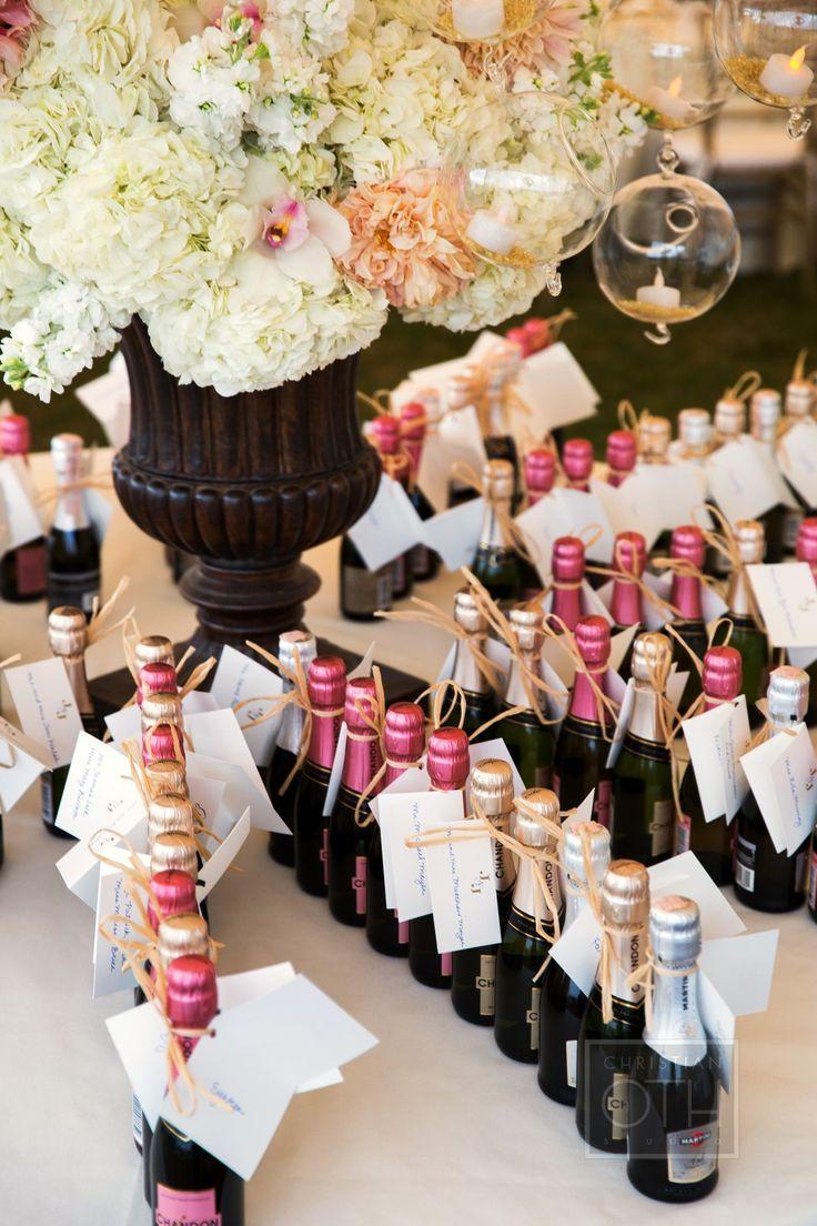 Photography: Christian Oth Studio - christianothstudio.com  Read More: http://www.stylemepretty.com/2014/06/25/nantucket-wedding-at-the-white-elephant-hotel/