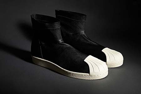 Following SS15's first offering from adidas and Rick Owens - the Blade Runner sneakers - it's time to take a look at their second style, the Superstar boot.