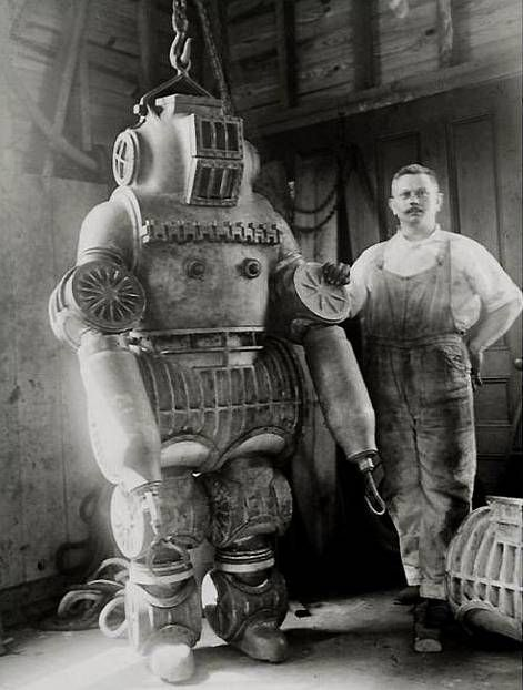 ROBOT PARIS EXHIBITION 1900