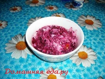Салат из свёклы с жареным сыром