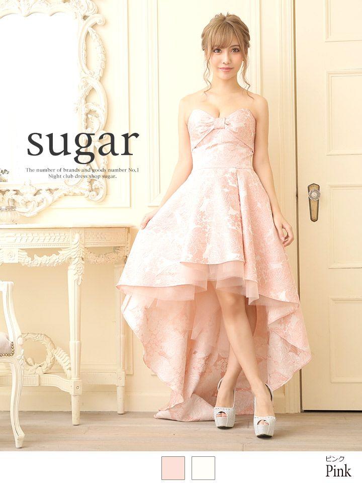 商品説明【Angel R/エンジェルアール】高級感あふれる光沢あるジャガード生地が目を惹く人気ハイアンドローロングドレス。デザイン性ある大ぶりな胸リボンがフェミニンな印象で女性心くすぐる1着に◎歩くた…