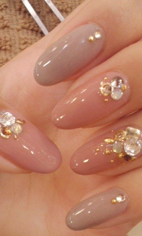 I love these nails! So pretty!