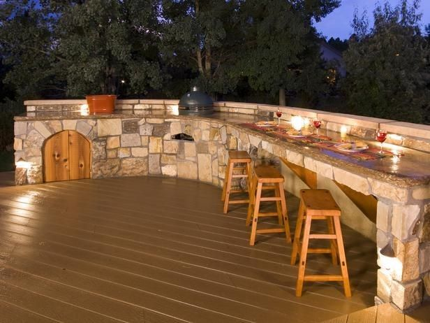 outdoor deck designs | Outdoor Bars: Options and Ideas : Outdoor Projects : HGTV Remodels