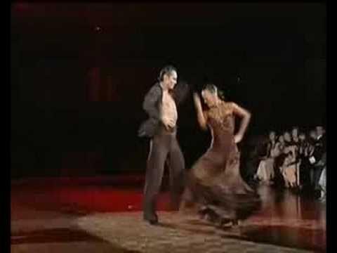 """WSSDF 2005 Slavik Kryklyvyy & Karina Smirnoff """"Bamboleo"""""""
