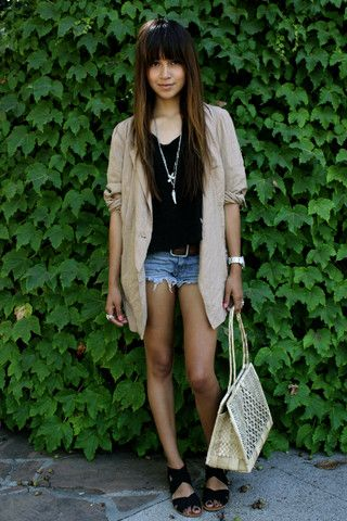 Light Pink Blazers, Fashion Street Styles, People Blazers, Shorts 2Dayslook, 2Dayslook Shorts, Sincerely Jules, Fashion Inspiration, Oversized Blazers, Gorgeous Style