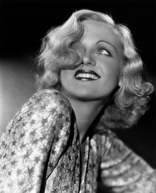 Carole Lombard, Paramount Studios 1930's by George Hurrell. http://fadedandblurred.com/spotlight/george-hurrell/