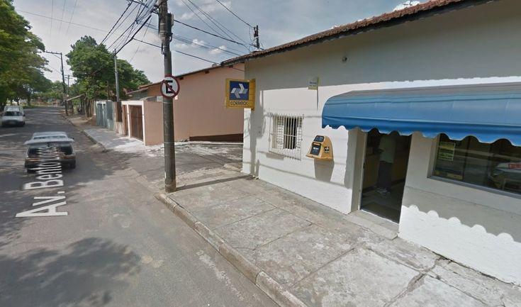 Agência do Correios em Rubião Junior será fechada -   Adireção dos Correiosanunciou que vai fechar aproximadamente 250 agências em diversas cidades acima de 50 mil habitantes nas cinco regiões do País. A estratégia de fundir agências faz parte de um plano de economia que está sendo implementado pela direção da estatal paracontornar a - http://acontecebotucatu.com.br/cidade/agencia-correios-em-rubiao-junior-sera-fechada/
