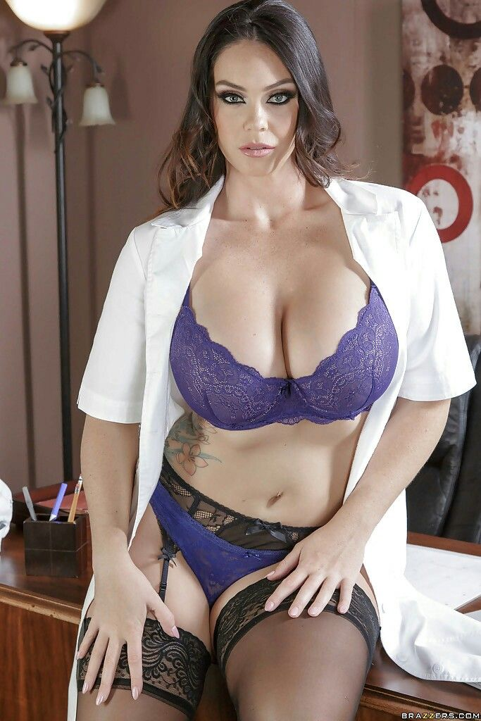 a0fa5d34615f Pin by Ms. Ruma on Nurse bacchant hottest pictures