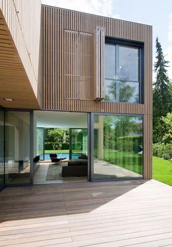Meer dan 1000 idee n over houten latten op pinterest houten lat muur planken muur en kast systeem - Huis architect hout ...